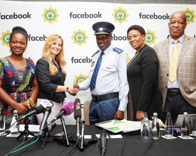 Facebook and SAPS